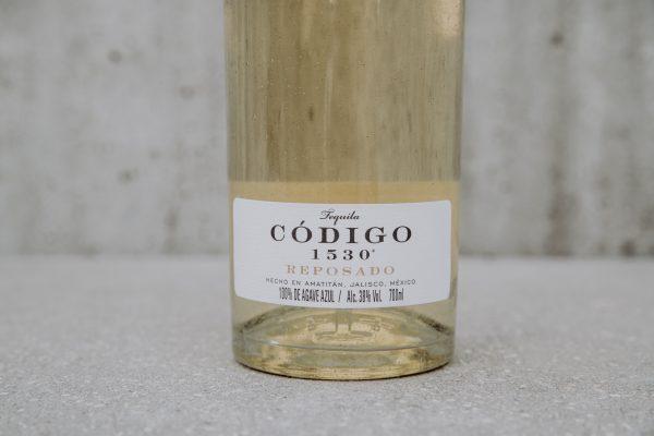 Tequila 1530 Codigo Reposado closeup label